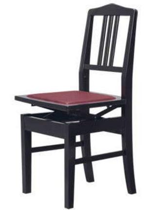演奏時の椅子の座り方