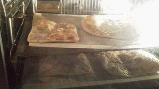 Cooking:弟作ピザとパスタ