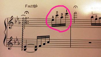 No.222の「パガニーニの主題による狂詩曲より」 1ページ目の指づかいが弾き難い?