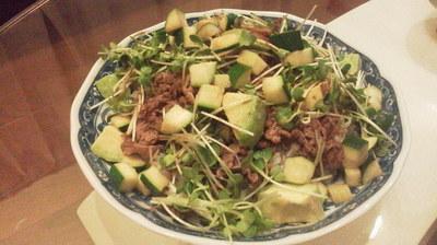 Cooking:洗い物少なく、一皿に色々な栄養素を盛り込もうとしたらこんな状態になりました。