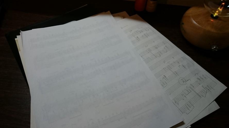 弾けない時は譜面上で考えるのも良いです。