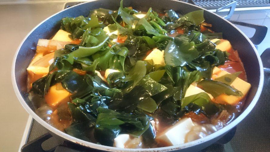 Cooking:お豆腐+ごぼう+わかめ