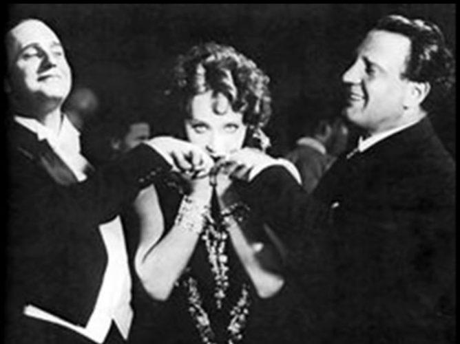 今月のハープ楽譜更新② 奥様お手をどうぞ(I Kiss Your Hand,Madam )、アロハ・オエ