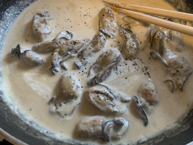 Cooking:牡蠣と生クリームでパスタを作る