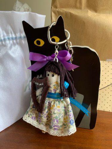 手作りハーピスト人形を頂きました